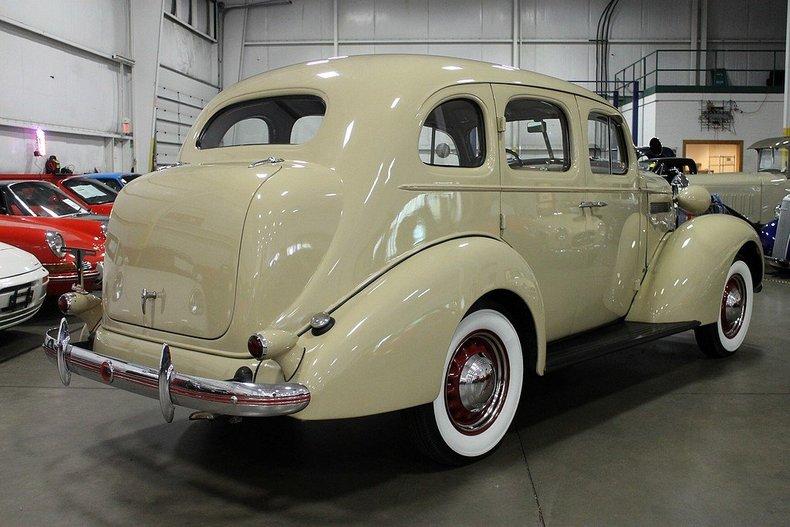 1936 pontiac silverstreak post mcg social for Grand rapids motor car