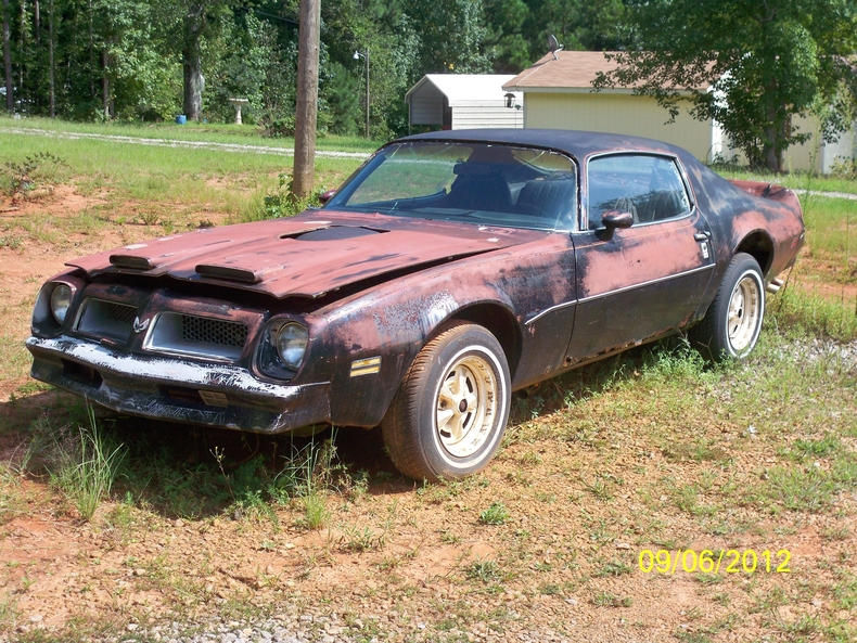 1974 Firebird Esprit for Sale http://marketplace.myclassicgarage.com/cars/all/Pontiac-Firebird/15814