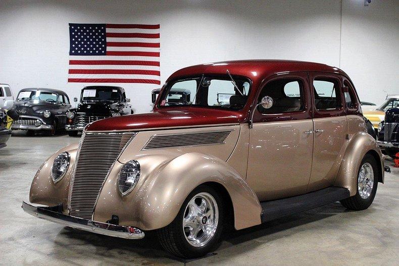 1937 ford sedan post mcg social myclassicgarage for 1937 ford sedan 4 door