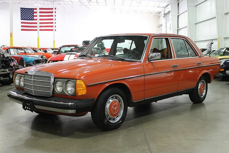 1979 mercedes benz 240d post mcg social for Mercedes benz 240 d
