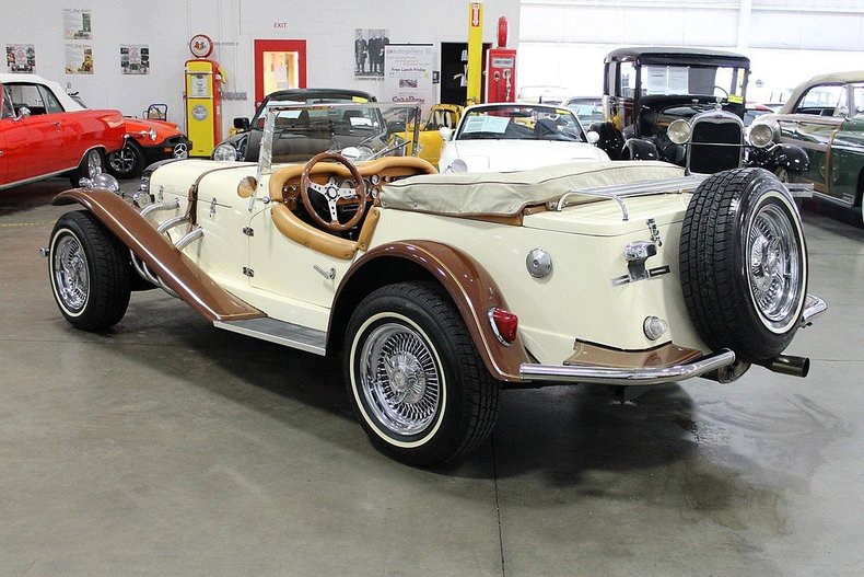1929 mercedes benz ssk post mcg social myclassicgarage for Mercedes benz 1929 ssk