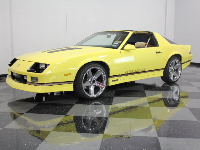 yellow 1985 chevrolet camaro iroc z28 for sale mcg marketplace. Black Bedroom Furniture Sets. Home Design Ideas