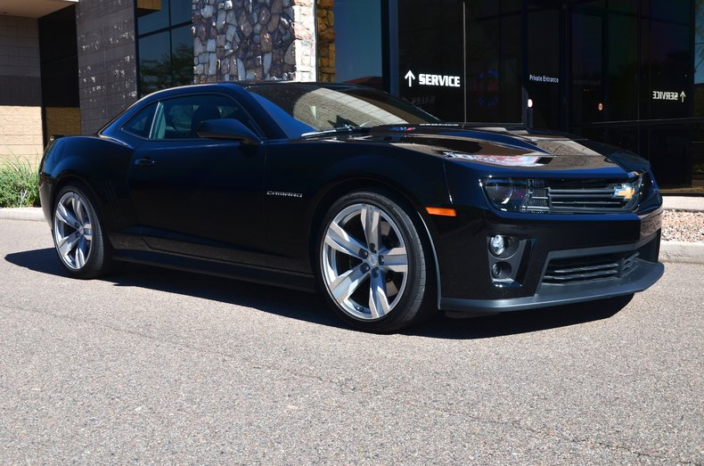 black 2013 chevrolet camaro zl1 for sale mcg marketplace. Black Bedroom Furniture Sets. Home Design Ideas