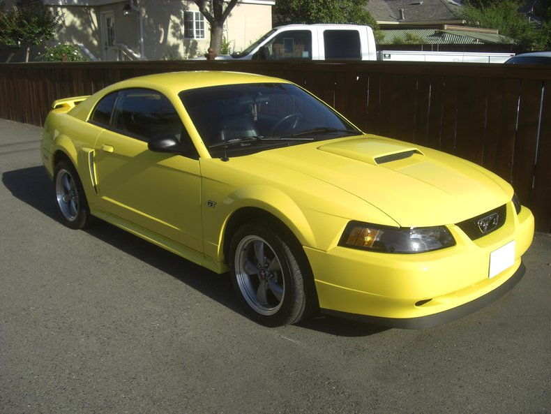 yellow 2001 ford mustang gt for sale mcg marketplace. Black Bedroom Furniture Sets. Home Design Ideas