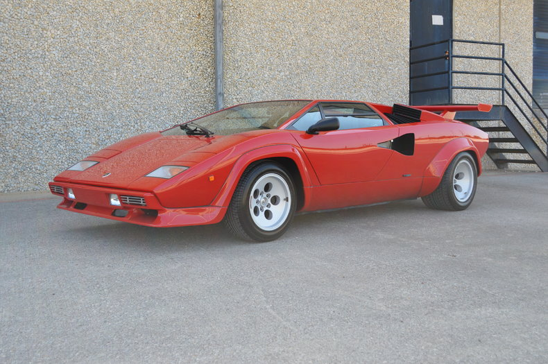 red 1985 lamborghini countach for sale mcg marketplace. Black Bedroom Furniture Sets. Home Design Ideas