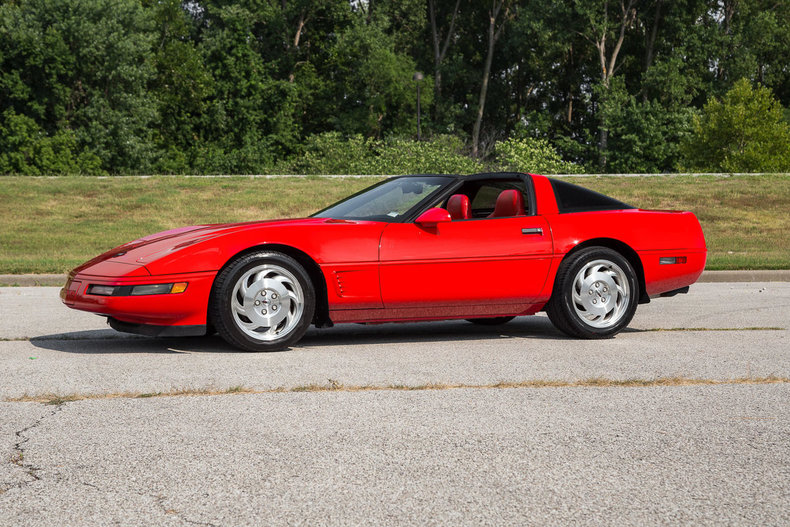 torch red 1996 chevrolet corvette for sale mcg marketplace. Black Bedroom Furniture Sets. Home Design Ideas