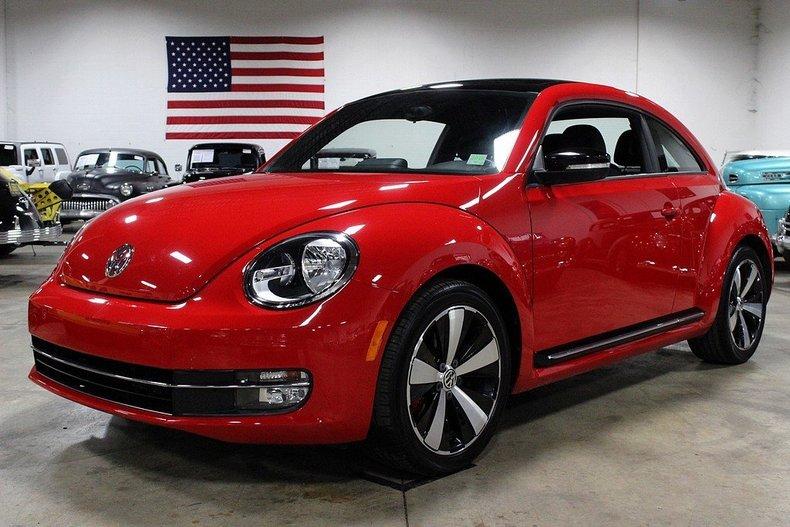 tornado red 2012 volkswagen beetle for sale mcg marketplace. Black Bedroom Furniture Sets. Home Design Ideas