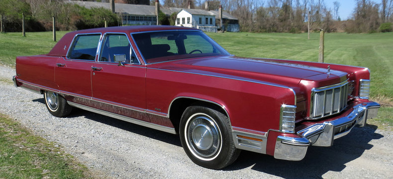 dark red metallic 1976 lincoln town car for sale mcg marketplace. Black Bedroom Furniture Sets. Home Design Ideas