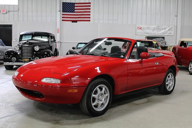 red 1996 mazda miata for sale mcg marketplace. Black Bedroom Furniture Sets. Home Design Ideas