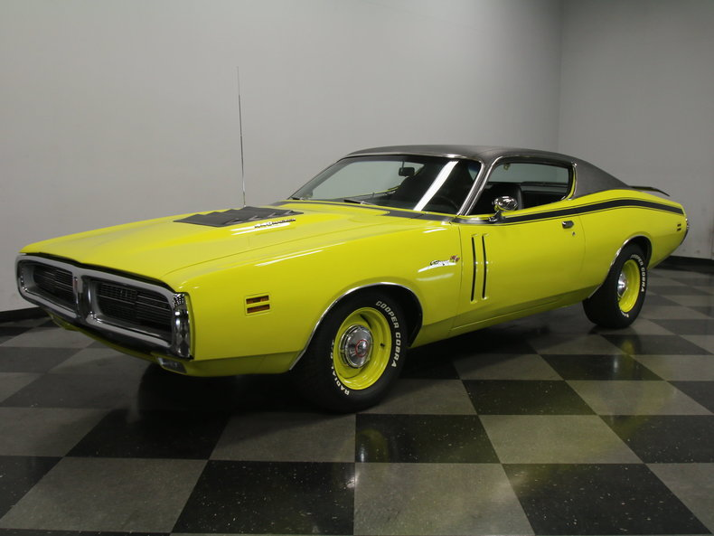 curious yellow 1971 dodge charger r t for sale mcg. Black Bedroom Furniture Sets. Home Design Ideas