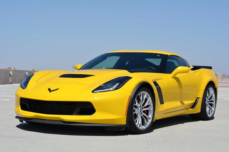 velocity yellow 2015 chevrolet corvette z06 for sale mcg marketplace. Black Bedroom Furniture Sets. Home Design Ideas