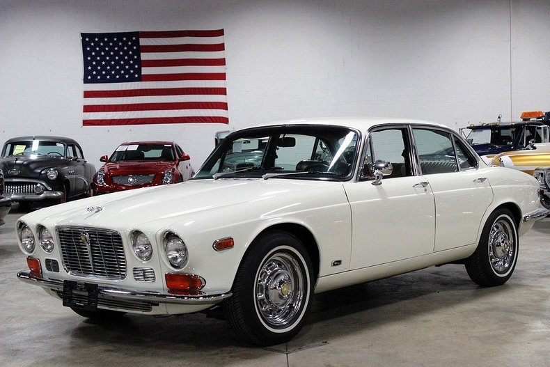 Old English White 1972 Jaguar Xj6 For Sale | MCG Marketplace