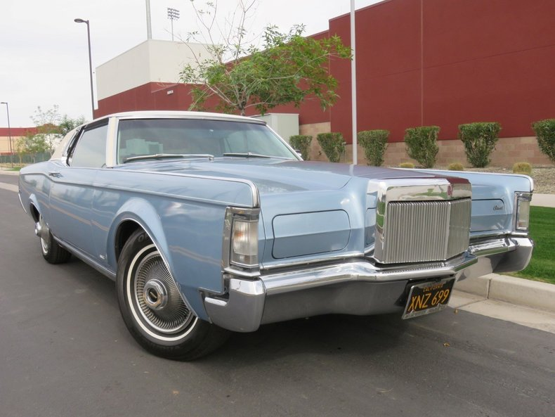 huron blue 1969 lincoln continental mark iii for sale mcg marketplace. Black Bedroom Furniture Sets. Home Design Ideas