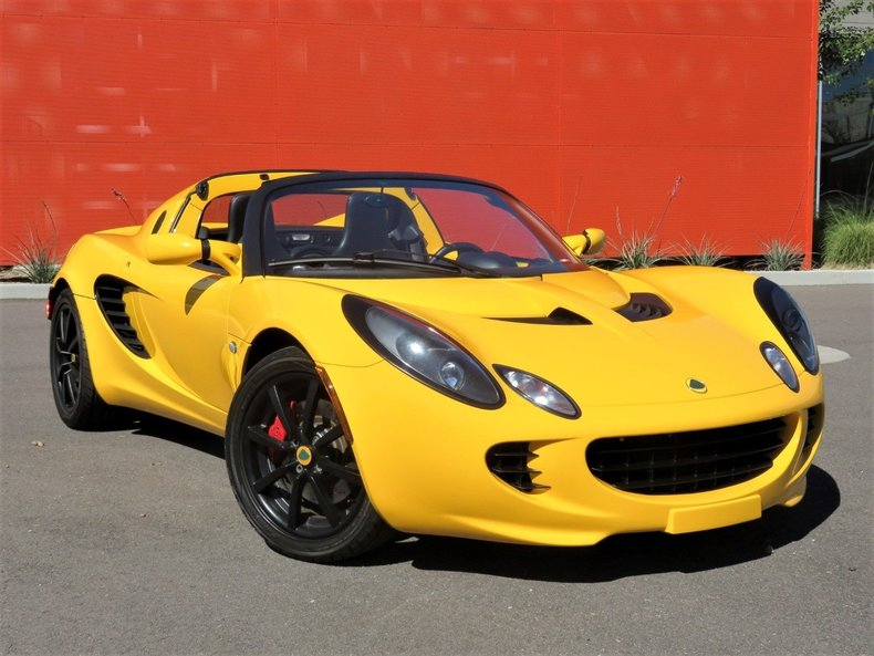 saffron yellow 2005 lotus elise for sale mcg marketplace. Black Bedroom Furniture Sets. Home Design Ideas