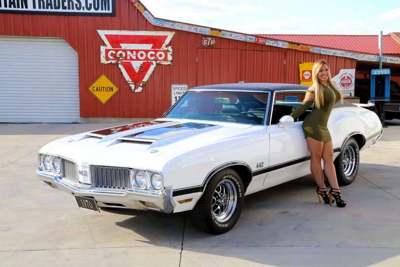 Classic White 1970 Oldsmobile Cutlass 442 For Sale Mcg