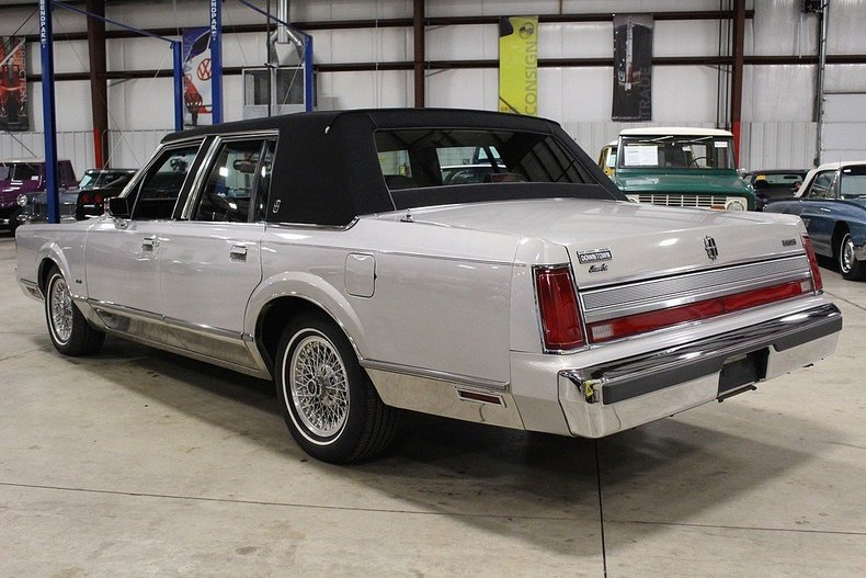 1989 Lincoln Town Car Post Mcg Social Myclassicgarage