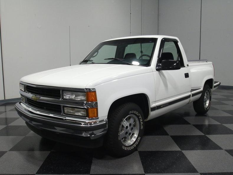 White 1995 Chevrolet Silverado For Sale | MCG Marketplace
