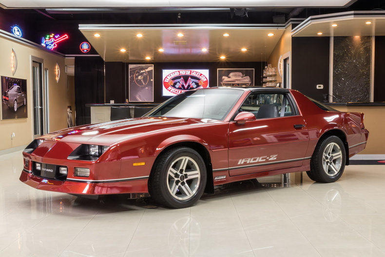 dark red metallic 1986 chevrolet camaro iroc z28 for sale. Black Bedroom Furniture Sets. Home Design Ideas