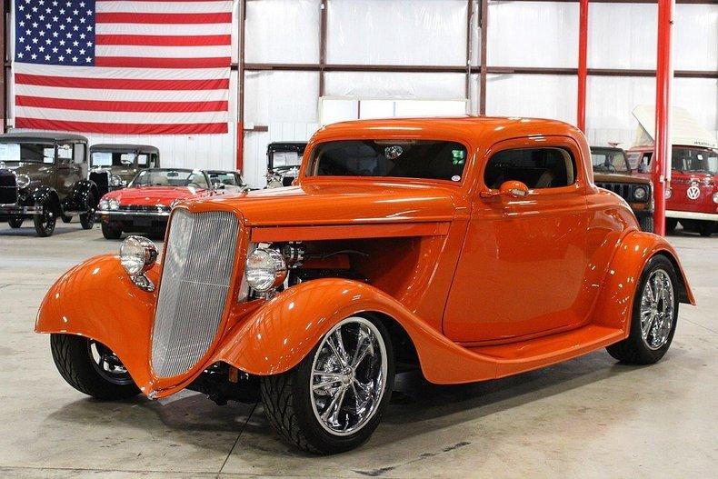 Viper bright orange 1934 ford 3 window for sale mcg for Garage ford orange