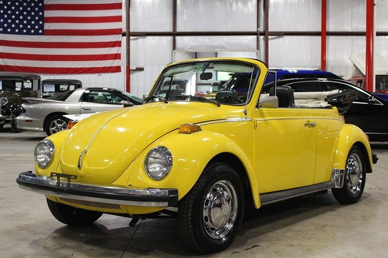 yellow 1975 volkswagen super beetle for sale mcg marketplace. Black Bedroom Furniture Sets. Home Design Ideas