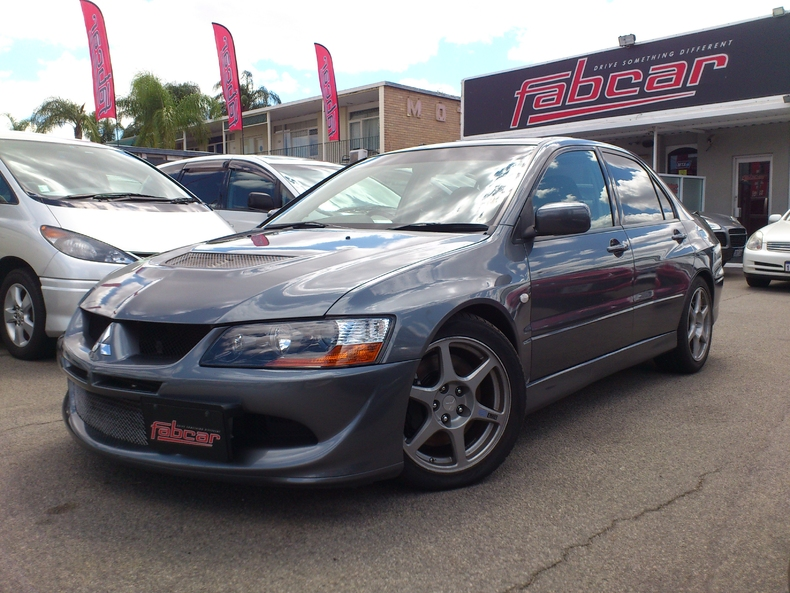 graphite gray 2004 mitsubishi lancer evolution viii mr for sale mcg marketplace. Black Bedroom Furniture Sets. Home Design Ideas