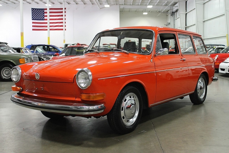 New glacier white 1971 volkswagen type 3 squareback for for Volkswagen europe garage