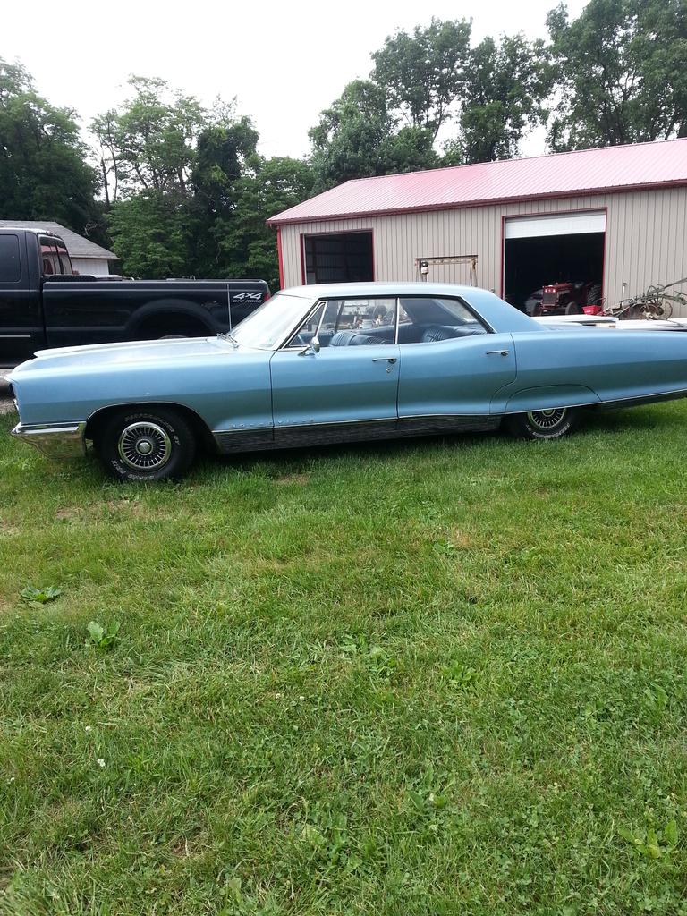 Light blue 1965 pontiac bonneville for sale mcg marketplace for Garage auto bonneville