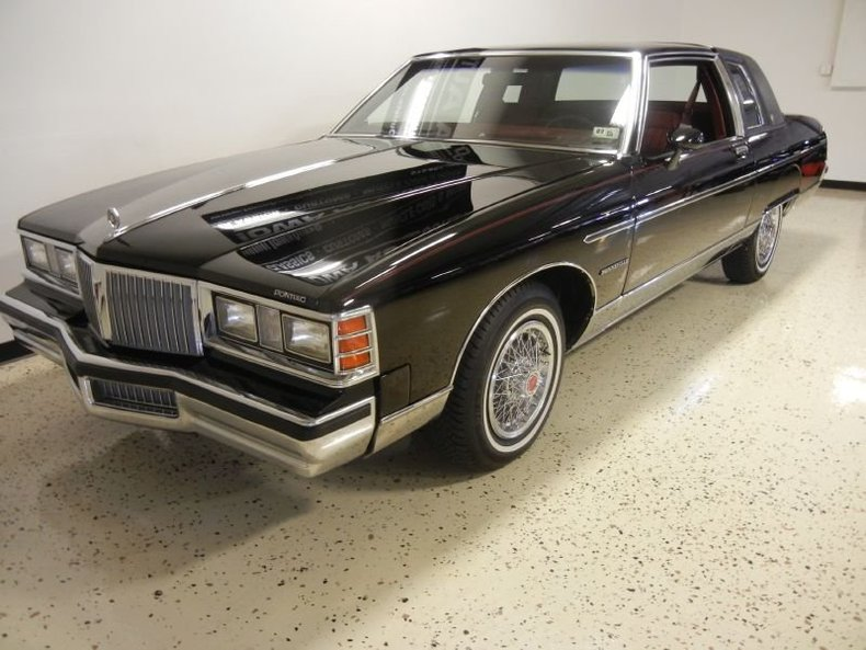 Black 1981 pontiac bonneville for sale mcg marketplace for Garage auto bonneville