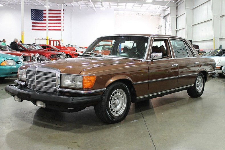 Milan brown 1979 mercedes benz 450 for sale mcg marketplace for Garage mercedes bron